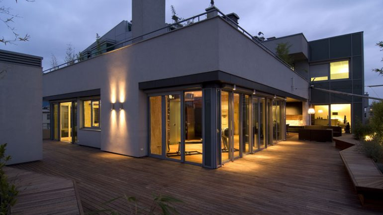 Por que usar l mpadas de led na rea externa da casa bons for Candeeiros exterior modernos