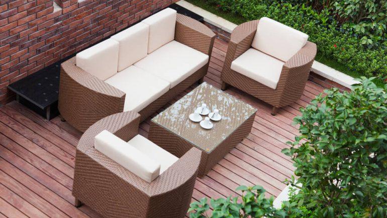 sofas-para-areas-externas-como-escolher-o-ideal-para-sua-casa.jpeg