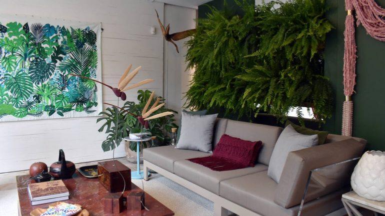Veja como os móveis de acrílico podem ser o destaque na decoração!